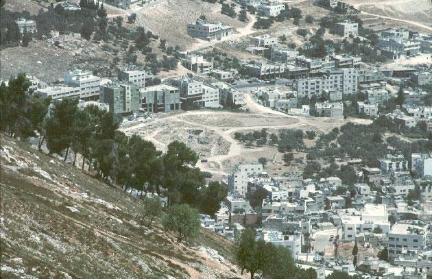 تل بلاطة من جبل جرزيم